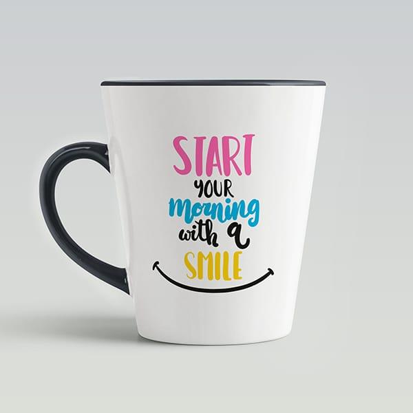 Чашка латте на подарок с текстом начинай утро с улыбки